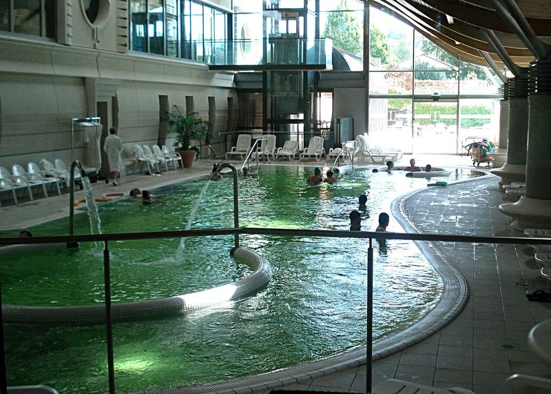 Suivre une cure thermale aix les bains savoie for Camping a aix les bains avec piscine